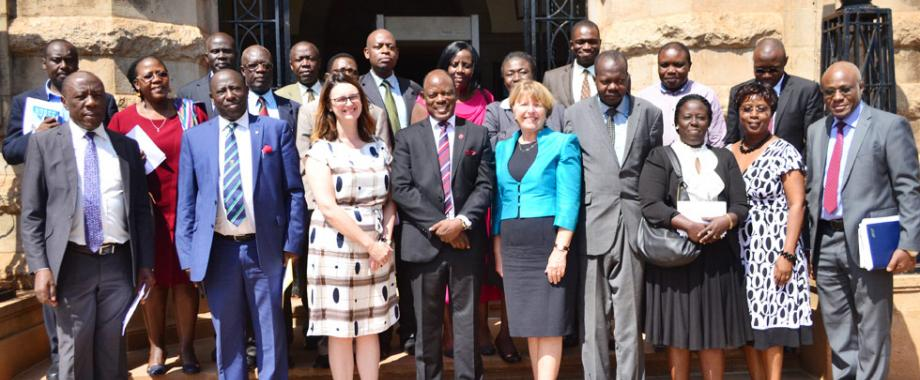 Vice Chancellor Prof. Barnabas Nawangwe(Middle) take a photo with members of management after a meeting with Dame Barbara Stocking (on his Right) - President of Murray Edwards College and Helen Pennant (on his Left)- Director of the Cambridge Trust. The meeting was held in the Council Room on 12th September 2017.