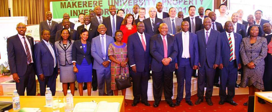 Chair Council-Eng. Dr. Charles Wana-Etyem (6th R) flanked by Deputy Chair-Hon. Irene Ovonji-Odida (6th L), Mak Holdings Board Chair-Dr. Charles Mbire (5th R), Vice Chancellor-Prof. Barnabas Nawangwe (5th L), Members of Management, Mak Holdings Board, partners and prospective Investors during the Investor Conference, 5th December 2017, Kampala Serena Hotel. Through the Conference Mak engage national, regional & international property development stakeholders to market proposed University real estate projects