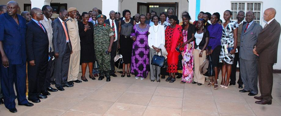 L-R:Security Minister-Hon. Muruli Mukasa (2nd L), IGP-Gen. Kale Kayihura (5th L), Kitgum Woman MP-Hon. Beatrice Anywar (6th L), Col. Felix Kulayigye-UPDF and Internal Affairs State Minister-Hon. James Baba, Members of the Erinayo Oryema Family and Chancellor-Prof. George Mondo Kagonyera (R) after the UPF Centernary Memorial Lecture, 16th September 2014, Makerere University, Kampala Uganda