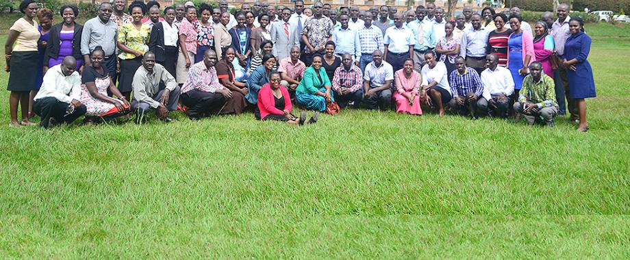 Philosophy of Methods is one of the crosscutting courses intended for doctoral students in both humanities and sciences. Over 100 PhD students from Makerere, Kyambogo, Busitema, Gulu and Mbarara University of Science and Technology are attending the course that began on 12th  to 23rd June, 2017 at Senate Conference Hall, Makerere University. The course was prepared by DRGT in partnership with the Dept of Philosophy and supported by SIDA