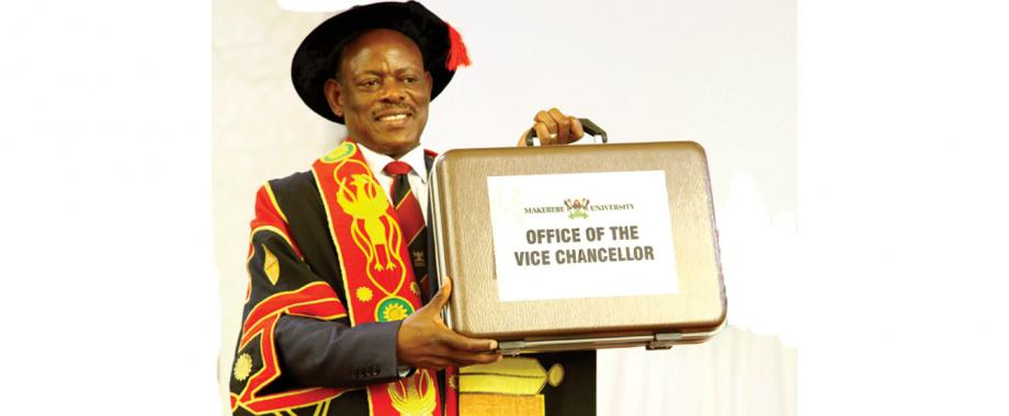 At the ceremony presided over by H.E Yoweri Kaguta Museveni the Chancellor Prof Ezra Suruma installed the new Vice Chancellor Prof. Barnabas Nawangwe in the Main Hall on 14th September 2017.